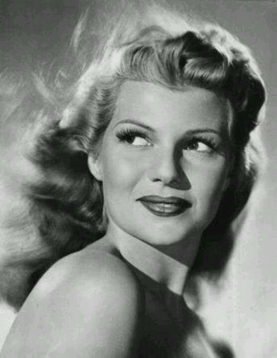 Rita Hayworth: Rita Hayworth, Hollywood Glamour, Classic Beautiful, Movie Stars, Icons, Classic Hollywood, People, Ritahayworth, Actresses