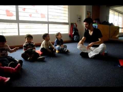Clase de Yoga Infantil por Federico Gonzalez **Cancion del Caballito Ve...