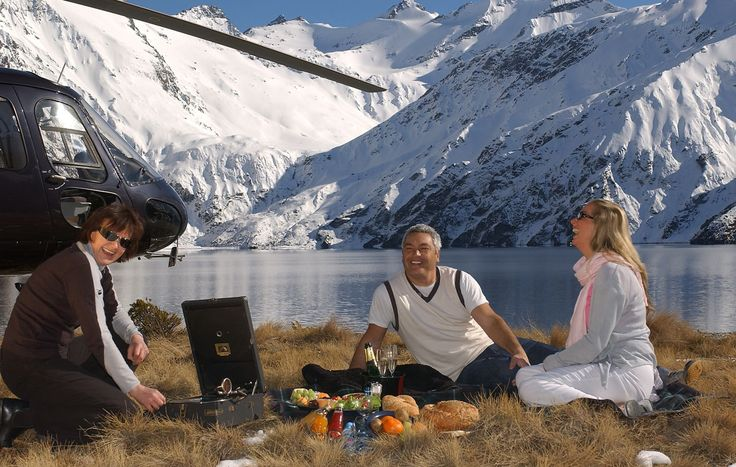 Over_The_Top_Helicopters-Picnic-New Zealand
