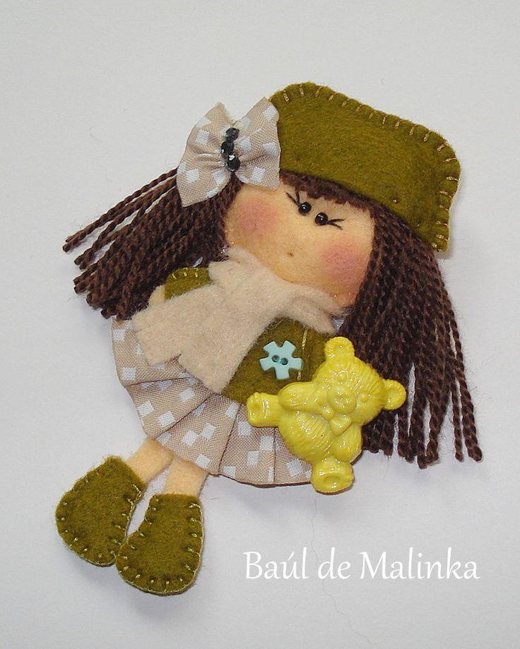 Felt doll, Fabric Brooch