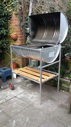 Oil drum bbq/ pizza oven. (bbq ideas oven)