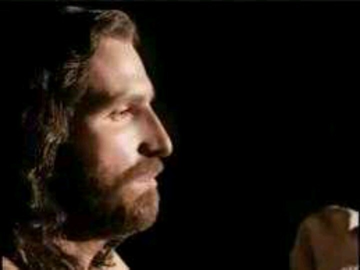 best the passion of christ images jesus christ 123 best the passion of christ images jesus christ jim caviezel and savior