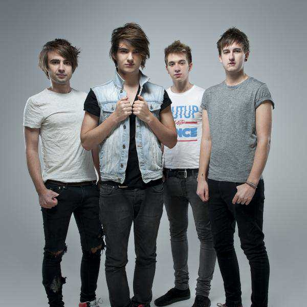 Room 94 ive seen them life on the everywhere we go tour omg they are just amazing ;) xxx