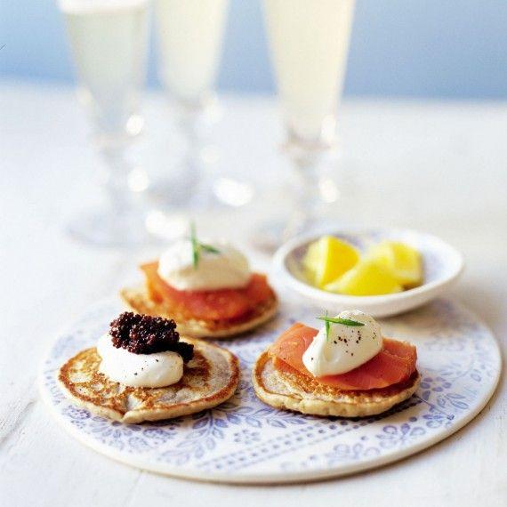 Smoked salmon and caviar blinis