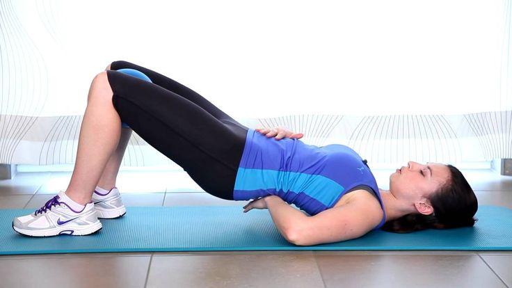 Cette fois, je vous ai préparé un enchainement de 4 exercices qui va: Raffermir votre poitrine et vos bras, Affiner votre taille, Tonifier les cuisses et les...