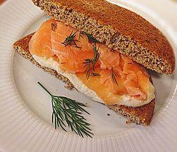 cheflorenaabreu | Sanduíche de carpaccio de salmão natural
