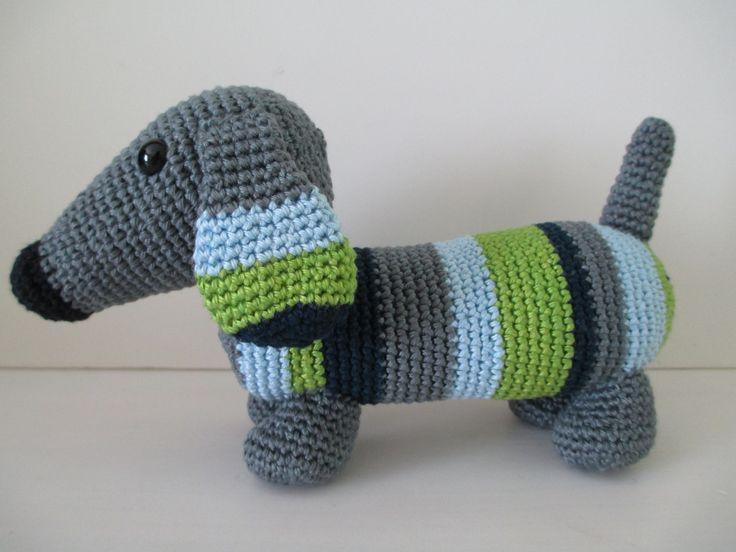 Dachshund (grey) door ColoursAndStitches op Etsy #coloursandstitches #amigurumi #crochet #haken #cotton #katoen #dachshund #dog #teckel #hond #stuffedanimal #knuffel
