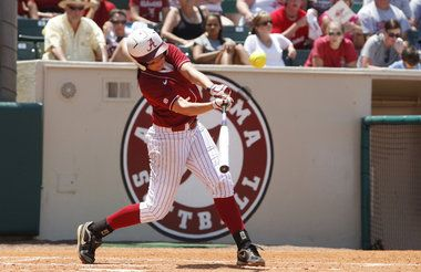 Alabama back in Super Regionals for 8th straight year after blanking South Alabama.