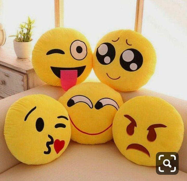 Pin By Aslam Khan Khan On Cute Dp In 2020 Emoji Pillows Emoji Cushions Cute Emoji