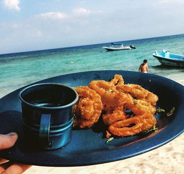 #calamari #chilli #mango #sauce #canibalroyal #mexico #playadelcarmen #rivieramaya #beachclub #empanizado #beach #food #delicous @canibalroyal