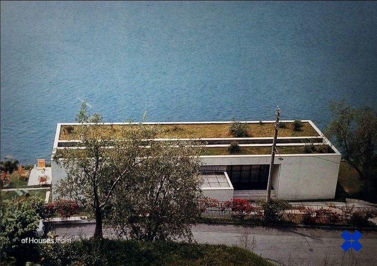 Giorgio Grassi /// House on a lake /// Velo di Marone, Lago d'Iseo, Italy /// 1962