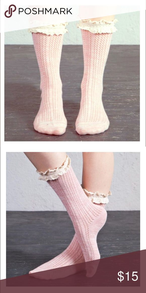 """Arthur George """"Sweetheart Ruffle"""" Socks. 🎅🏻🎁 Arthur George by Rob Kardashian Sweetheart Ruffle 🎀 Socks. So cute & delicate. I wear them with regular boots & rain ☔️ boots. They are women's one size. 15% off with a bundle & free goodies with purchase. 👱🏻♀️Steph Arthur George Accessories Hosiery & Socks"""