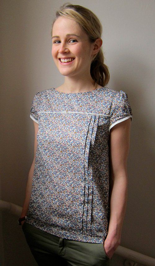 At last I've been sewing again! Here is my Mathilde Blouse!   Guthrie & Ghani