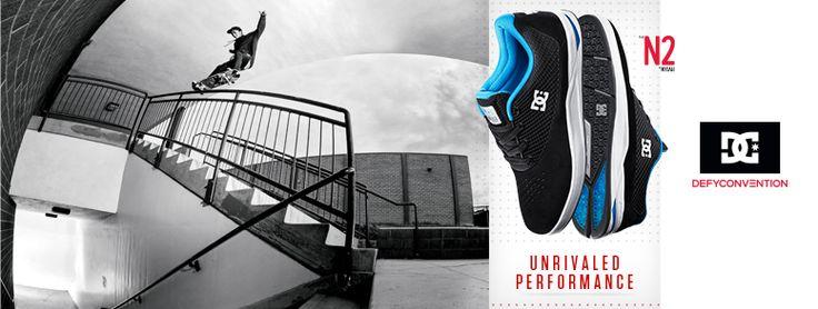DC Shoes N2, le nouveau pro-modèle 2015 de Nyjah Huston est arrivé au magasin. Déclaré modèle phare de la collection DC Skateboarding printemps-été 2015 par DC Shoes, c'est un véritable coup de cœur du staff PLAY Skateshop. À l'image de Nyjah Huston, son design influent et l'addition de toutes les technologies DC Shoes place sa performance à un niveau inégalé.