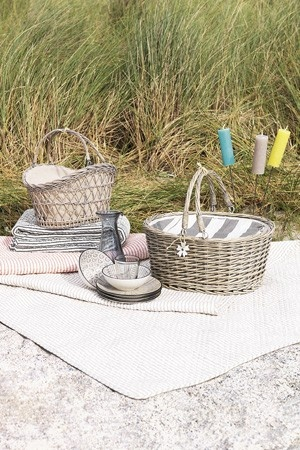 Picknick at  the beach Broste