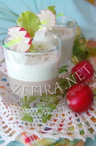 Коктейль из кефира и огурцов с редисом и зеленью - рецепт и фото