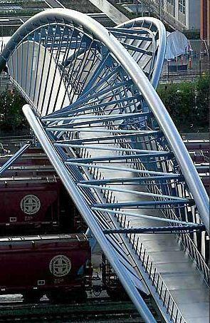 Amgen Helix Pedestrian Bridge, Seattle, Washington designed by Johnson Architecture and Planning