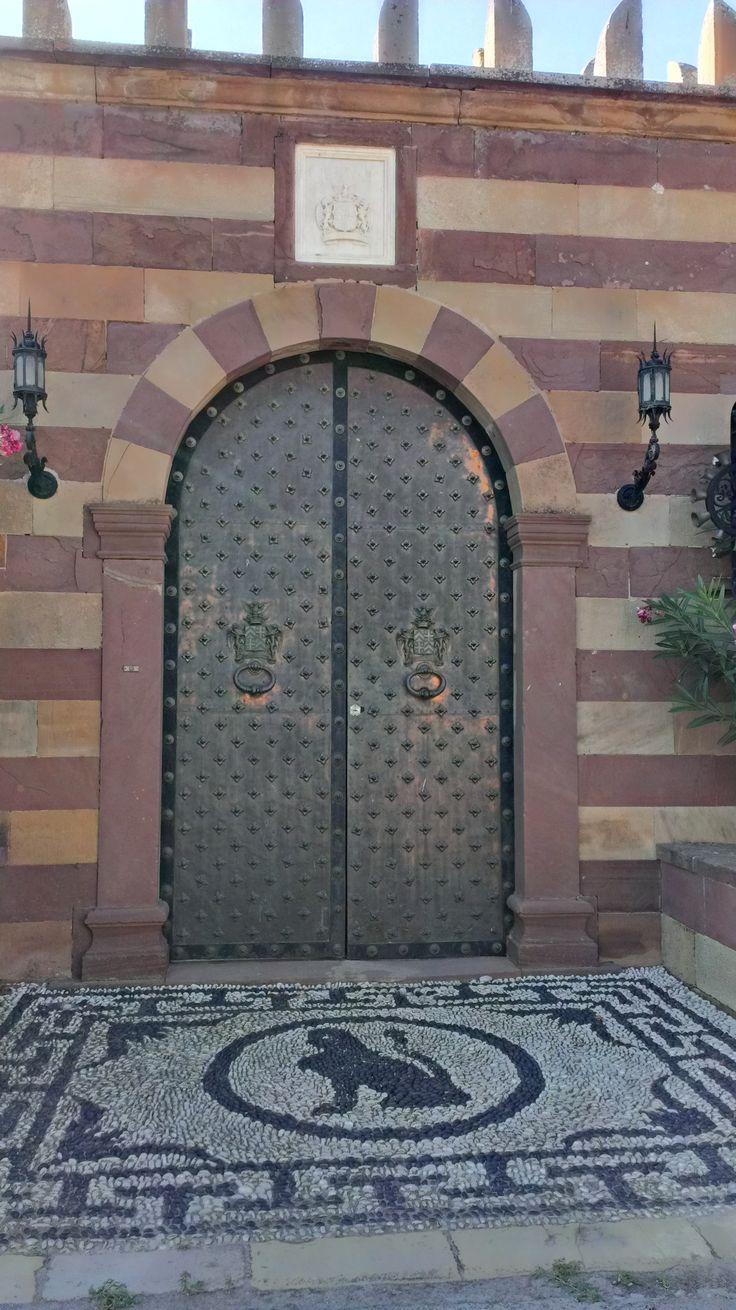 Doors on Kampos - Argentiko