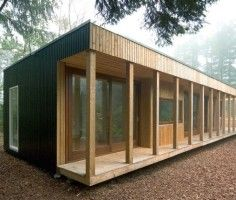 1000 images about buitenkant huis on pinterest red cedar garden art and search - Huis in containers ...