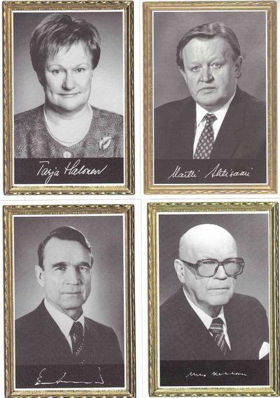 Suomen presidentit 1919-2017 (12 korttia)   Perromania - Postikortit netistä