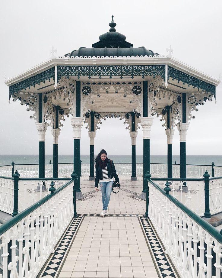 "66 Me gusta, 4 comentarios - Marta Soler Molina (@martasm_18) en Instagram: ""please don't ever become a stranger whose laugh I could recognize anywhere... _____________…"""