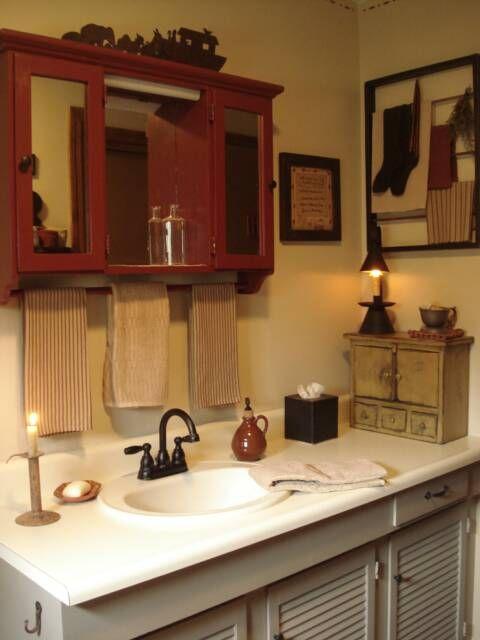 268 best prim bath ideas images on pinterest bathroom for Primitive bathroom ideas