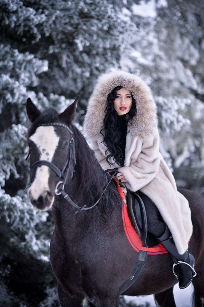 Equestrian Shoot 12 - Fur Fashion guide- Furs fashion ...