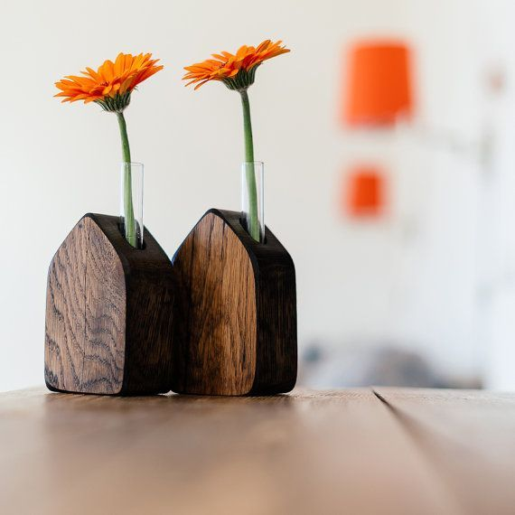 wooden flowers in a vase | Natural and cool: https://www.etsy.com/listing/185978892/wooden-vase ...