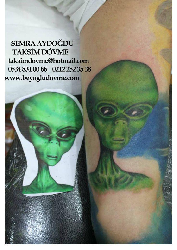 uzaylı dövmesi