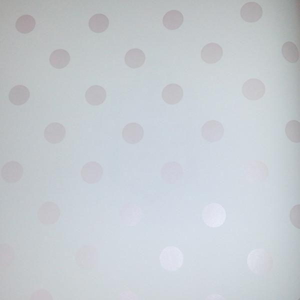 Light Pink Polka Dots Wallpaper #shabbychicbedroomsteen