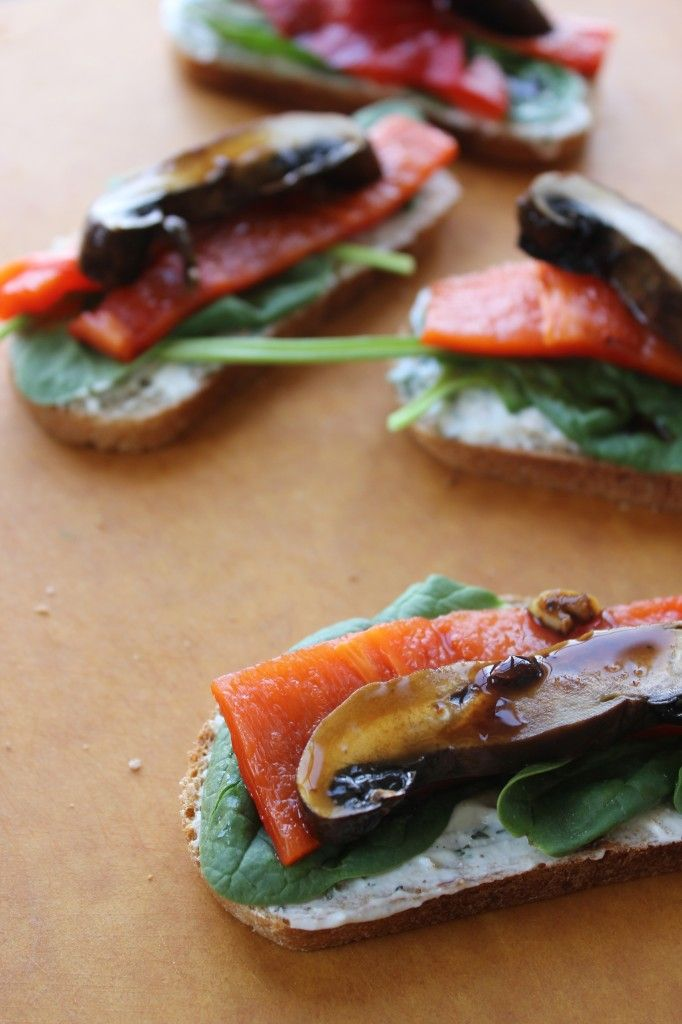 Roasted Portobello & Red Pepper Tartine with Herbed Goat Cheese Spread #sandwich #recipe #food #healthy #vegetarian