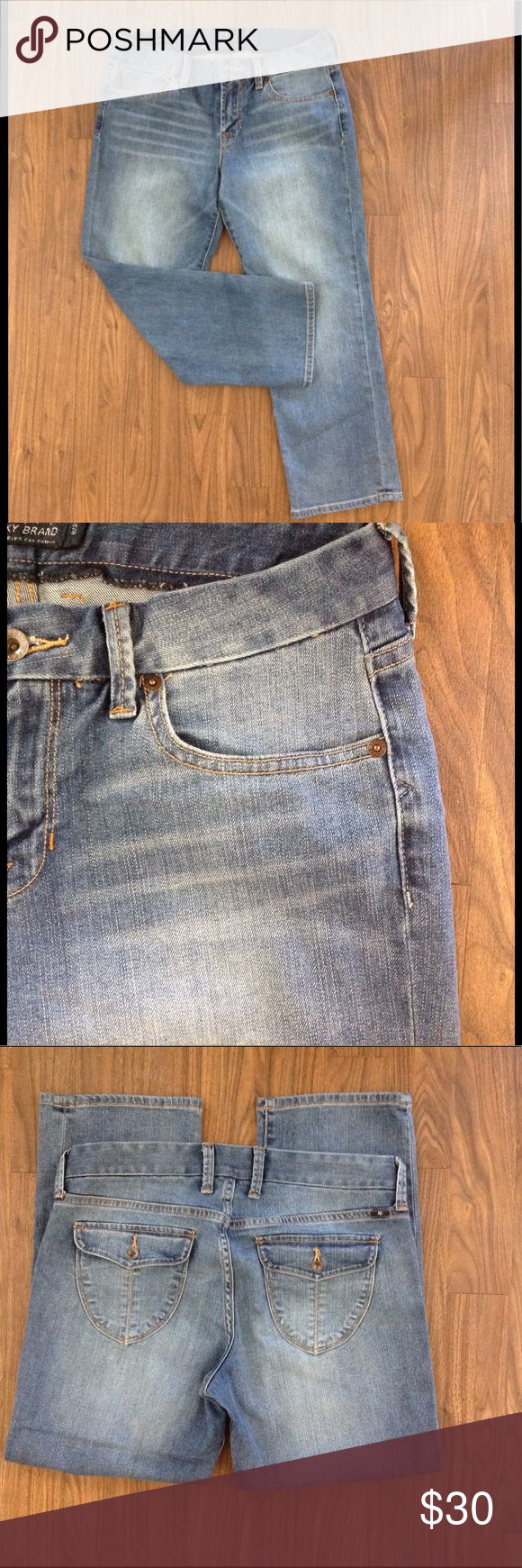 LUCKY BRAND sweet jeans crop denim pockets sz 8/29 LUCKY brand jeans crop. Size 8/29. Style sweet jean crop flap. Back pockets with buttons. Good preowned condition. Please look at all pictures before you purchase. And ask any questions. Thanks Lucky Brand Jeans Ankle & Cropped