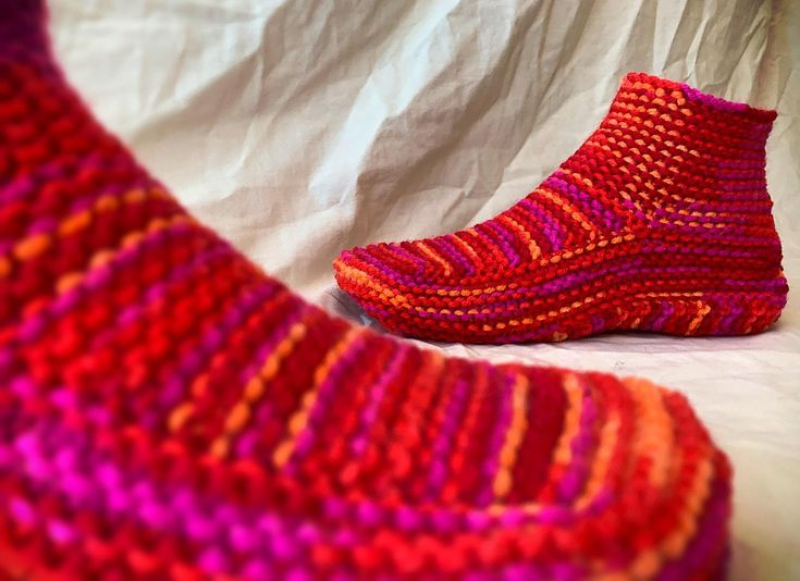 Moccasin Slippers With A Cuff   Knitted slippers pattern ...