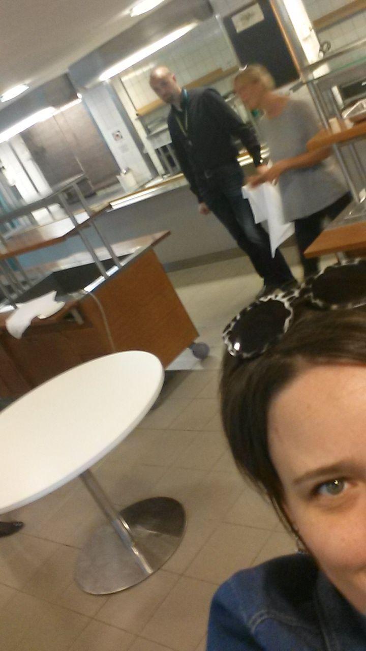 #P2BHaaga #Uudistuva #Caffeli #lounaslinjaston testikäyttö päivä oli tänään...Ainoa testiin ilmoittautunut koekäyttäjä esiintyy tässä :)