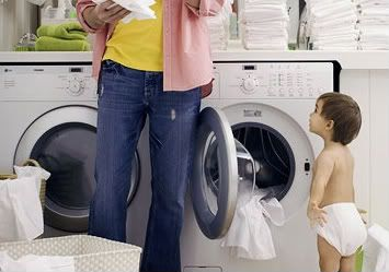 visual-demonstration-how-to-put-on-a-cloth-diaper-and-how-to-get-one-clean