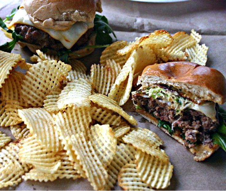 ... tacos de carne asada enchipotlada andouille blue cheese slider burgers