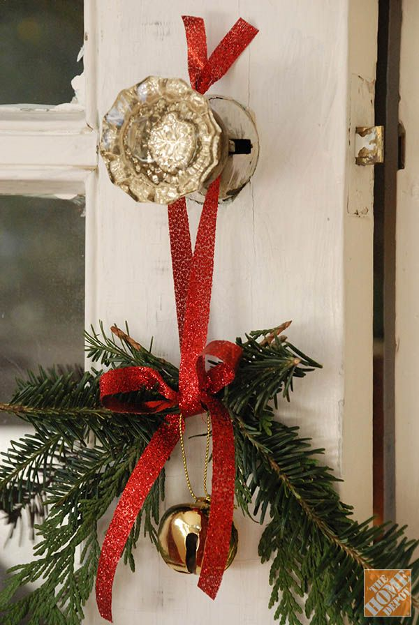 DIY Holiday Decor: Christmas Doorknob Hangers Plus, the bell will help you hear those little elves trying to sneak a peek at Santa!