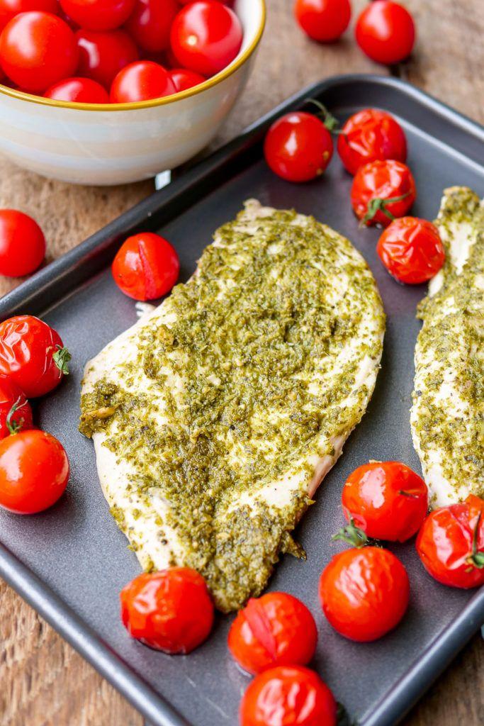 Low Carb Pesto Hühnchen mit 3 Zutaten – Ein schnelles Rezept #pestoh …   – GESUNDE REZEPTE    healthy food