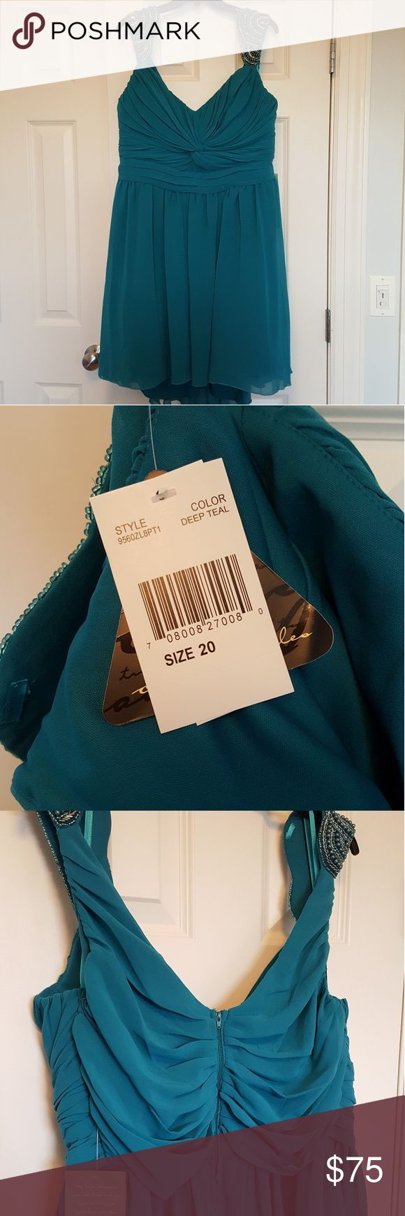 JC Penny Juniors Dress Brand new! Never worn. Deep teal color. jcpenney Dresses Prom