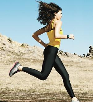 Corra menos, perca mais //  Um programa de corrida simples e estratégico vai ajudá-la a entrar em forma com uma quilometragem mínima