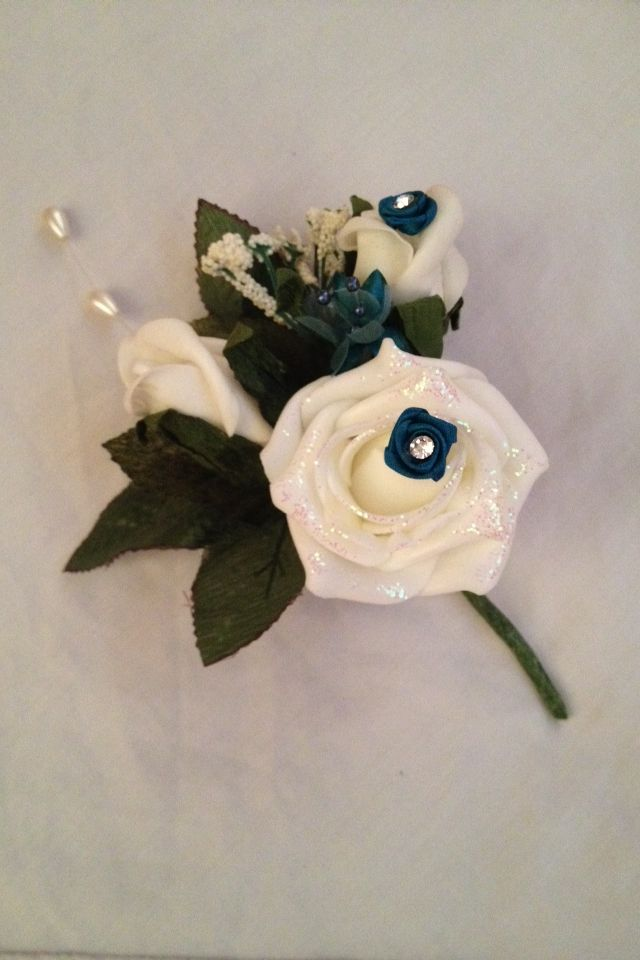 Mother of the bride & groom button hole x
