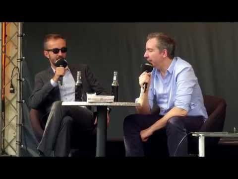Sanft & Sorgfältig Olli Schulz und Jan Böhmermann live @ Parkfest 2014 - YouTube