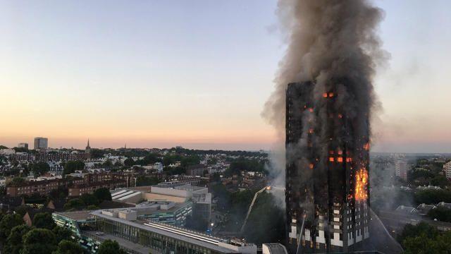 L'immeuble de 27 étages abrite 120 appartements.[Natalie OXFORD / AFP]