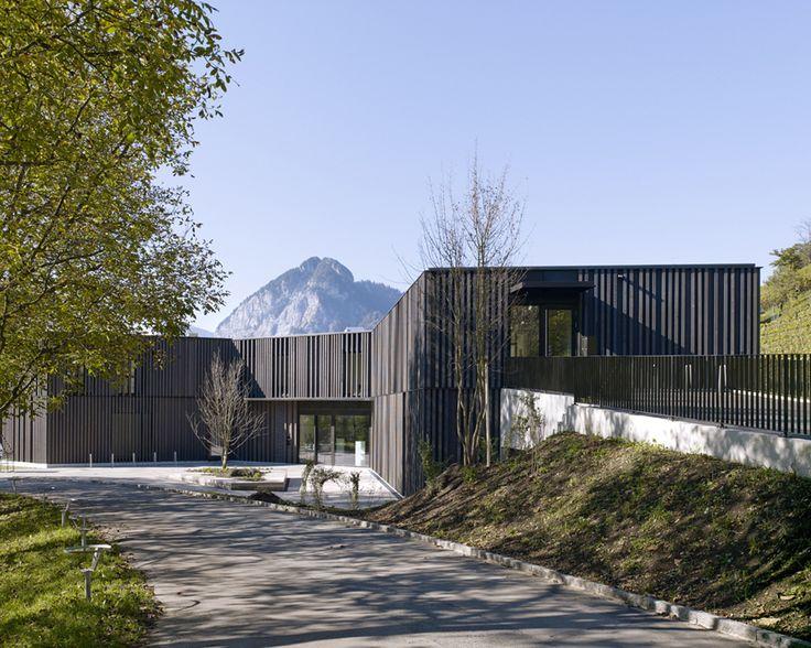 Gallery of Library, Game Library & Municipality Administration in Spiez / bauzeit architekten - 8
