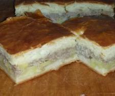 Rezept Russische Pirog mit Kartoffeln und Hackfleisch von RoxanaK - Rezept der Kategorie Backen herzhaft