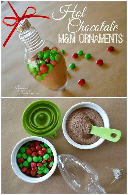 What a great DIY Christmas gift idea! Make Hot Chocolate Ornaments with M&Ms! via @Jackie Godbold Godbold Robinson Sprangers Testers  #FueledbyMM #shop
