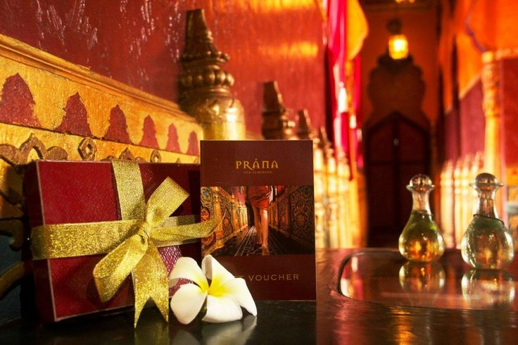 Prana Spa has the perfect Christmas gifts for those special people in your life. Whether it's a gift voucher for an amazing treatment (or 2) or something unique from our product line – we have it covered! Gift wrapped with our compliments!