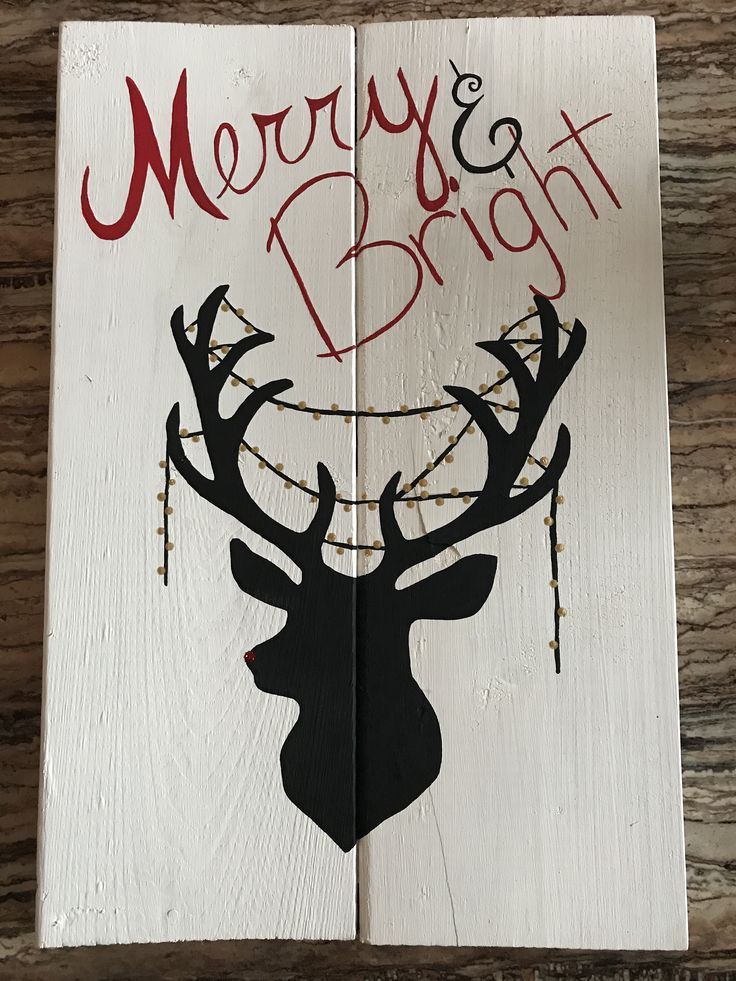Merry and Bright. Woodsign. Christmas decoration. Reindeer. Rudolph.