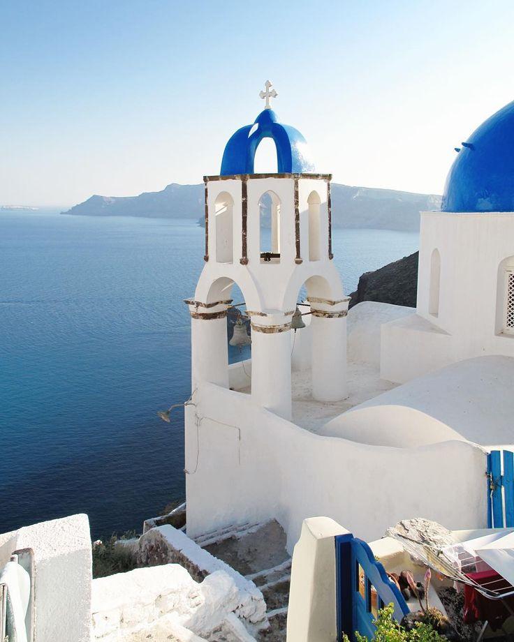 Archi Traveller  (@archi.traveller) on Instagram: Santorini - Blue dome - White