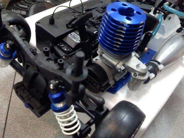 Detall Motor FW 06 Corvette